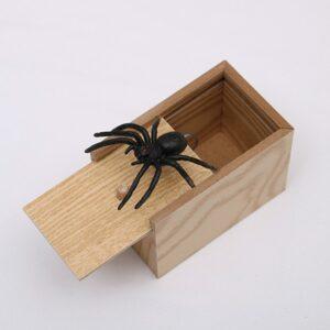 Holz Box mit Spinne Scherzartikel